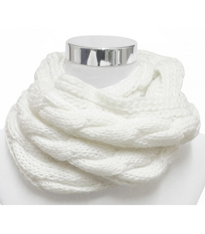 bufandas realizadas en diferentes tejidos variedad modelos y colores